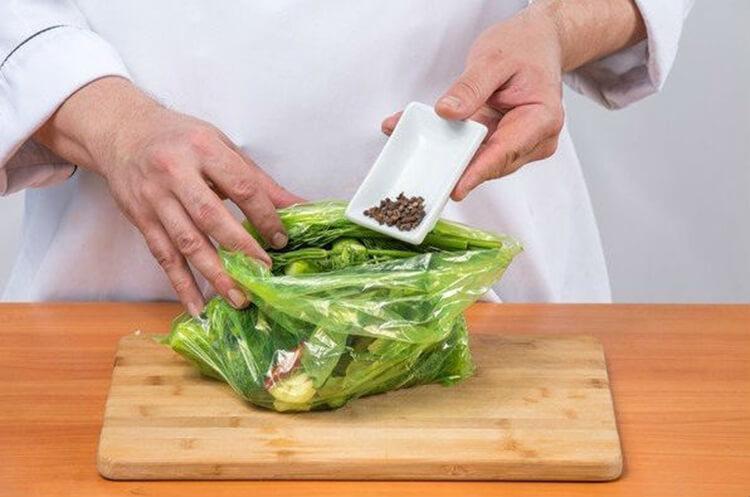 Сухая засолка огурцов - лучшие рецепты